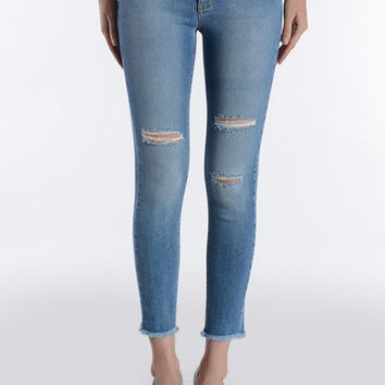 Knee Slits Frayed Hem Crop Skinny Jeans - Light Wash