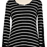Black and White Striped Top with Crochet Sleeves Plus (2XL)