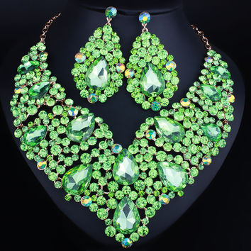 Luxurious wedding jewelry Full Crystal Rhinestone Statement Necklace and  long earrings sets Dazzling Bridal party jewelry 278f9c7e2