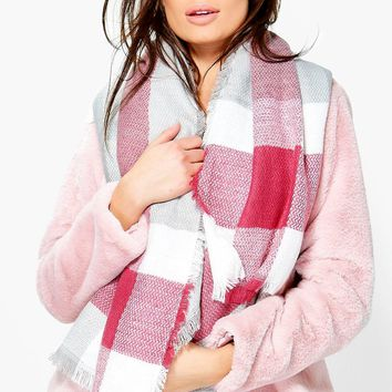 Caroline Oversized Supersoft Check Scarf | Boohoo