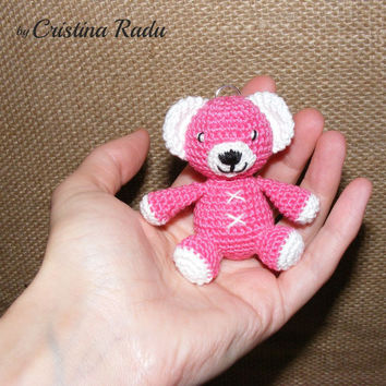 Crochet tiny bear, amigurumi bear, little pink teddy bear, bear keychain, crocheted mini bear, little teddy bear gift, baby bear, gift ideea