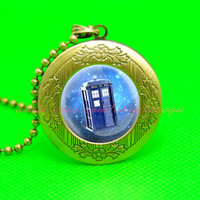 Tardis Dr Who all of time and space pendant locket necklace, time and space locket,friend gift
