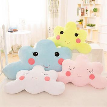 2018 Holding Pillow 3D Creative Decorative Cushion Cute Smiley Face Cloud Decorative home cushion Best Gift For Friends
