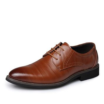 2017 Business Men's Basic Flat Shoes Leather Gentle Wedding Dress Shoes Formal Wearing Shoes British Men Casual shoes Big Size