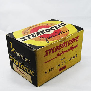 1960s Stereoclic 3D Stereoscope Junior French Slide Viewer Automatic In Color No. 11 in Original Box with Purchase Stamp from Australia