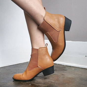 Summer Bootie in Caramel