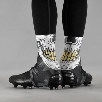 DCK7YE Skull Mask Spats / Cleat Covers