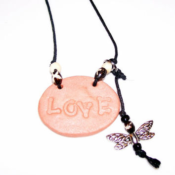 CLAY DIFFUSER NECKLACE Handmade Clay Pendant with Dragonfly Charm, Love Wooden Bead Embellishments Summer Jewelry, Aroma Therapy Necklace