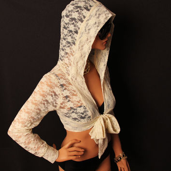 Wrap Top / lace crop top / black/ white /ivory by MIRIMIRIFASHION