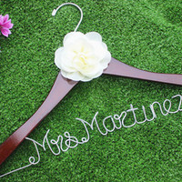 Flower bridal hanger, personalized custom Bridal, Brides Hanger, Wedding Hanger, Personalized Bridal Gift.-in Event & Party Supplies from Home & Garden on Aliexpress.com | Alibaba Group