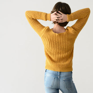 Mustard sweater,wool sweater,hand knit sweater,chunky knit sweater,alpaca sweater,winter knitwear,women's pullovers,comfy sweater