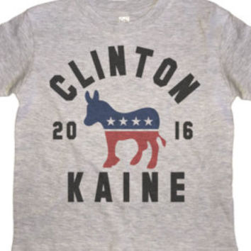 Hillary Clinton  Shirt - Retro Vote Hillary Button 2016 T-Shirt