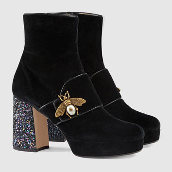 Gucci Velvet ankle boot with bee