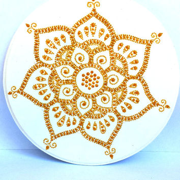 Mehendi lotus plaque Wooden plaque Bohemian plaque Bohemian decor Point-to-point painting
