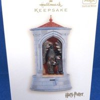 2008 The Gargoyle Guard Hallmark Retired Harry Potter Ornament