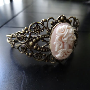 Pink resin lolita skull ceamo cuff white and pink female Skeleton Cameo Cuff antique copper finish bracelet