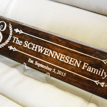 personalized last name signs / family name plaques / custom name sign / custom engraved signs / custom engraved signs / wooden name signs