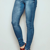 MIAMI HIGH RISE MEDIUM FADED WASH SUPER SKINNY JEAN