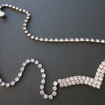 Mid Century Diamante Necklace V Shape