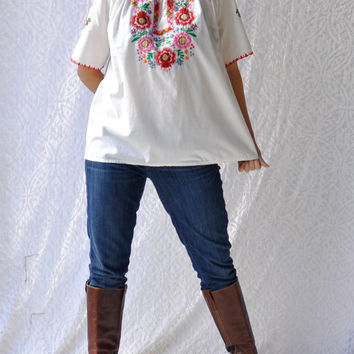 70s Mexican Embroidered Peasant Top | Boho Hippie Festival Cotton Shirt | Oaxacan Short Sleeve Tunic | Boho Gypsy Embroidered Cotton Top | L