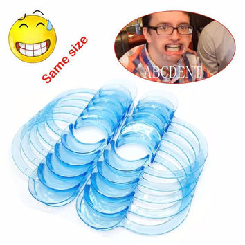 2016 New Speak Out Board Game Mouthguard Challenge Game 10pcs Teeth Whitening Mouth Opener toys