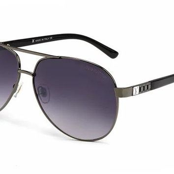 LV 1088 sunglasses with Gift Box