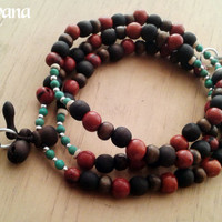 Japa Mala Tibetan Buddhist Rosary 44. Traditional Japa 108 beads. Materials: Sandalwood,  Seeds Saio, Wood, Howlite.
