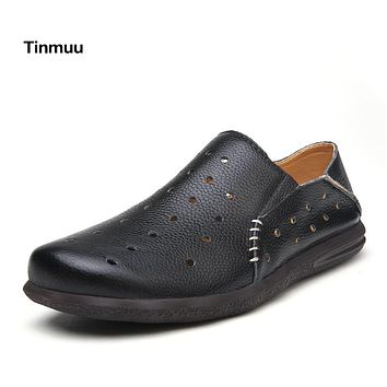 Tinmuu Hot selling 2017 Summer Sandals Casual Shoes Flat Breathable Men Shoes Genuine Leather Shoes Hole Men Sandals Shoes