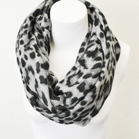 Luxurious Wildcat Infinity Scarf