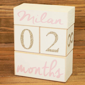 Baby Age Blocks, Wooden Age Blocks, Baby Month Blocks, Pregnancy photo prop, Maternity photo prop, baby photo prop. Baby Milestone.Pink/Gold