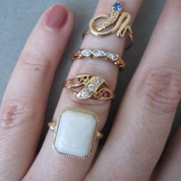 Vintage 10k solid yellow gold emerald shaped Opal ring antique art deco size 6.5