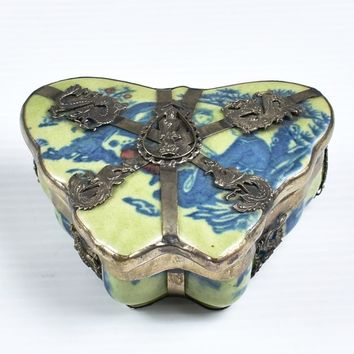 Chinese Porcelain & Silver Butterfly Shaped Trinket Box  Reign Mark - Emperor Daoguang