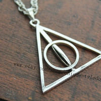 the harry potter jewelry spin Deathly Hallows
