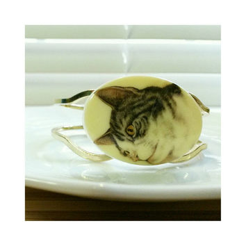 Stoic Cat Face Bracelet - hinged bangle bracelet