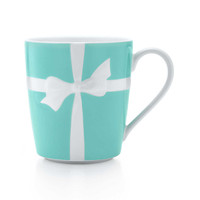 Tiffany & Co. - Tiffany Bows mug in ironstone ceramic.