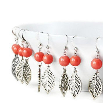Bridesmaids Earring Set of 5 Pairs of Coral Earrings. Simple Earrings. Wedding Jewelry. Bridal Party Earrings.