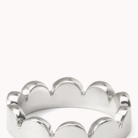 Dainty Scalloped Ring
