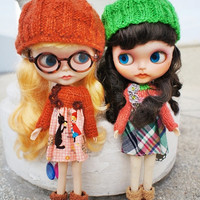 OOAK Blythe Outfit Set - Knitted top and plaid cotton dress with matching hat and mittens - also for Pullip , and other 1/6 dolls