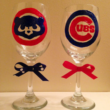 Chicago Cubs Hand-painted Wine Glasses