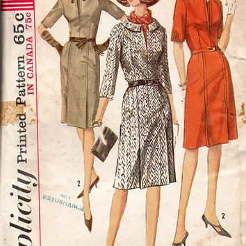 1960s Mad Men Fashion Retro Wiggle Dress Secretary Style Simplicity Sewing Pattern Deep V Neckline Paneled Skirt Bust 36