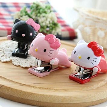 New students of Hello Kitty Mini stapler office storage products