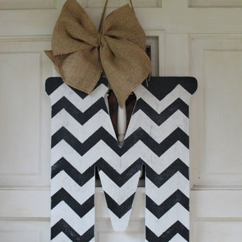 "BLACK FRIDAY SALE 18"" chevron initial door hanger - monogram door hanger, chevron inital wreath, black and white chevron letter, door decor"