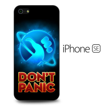 Hitchhiker's Guide To The Galaxy Dont Panic iPhone SE Case