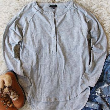 Mineral Wash Henley in Gray