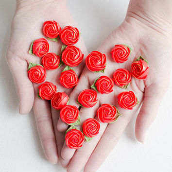 Flowers WEDDING FAVORS, rose party favor, flower brooch, flowers magnets, red, baby shower favor,  bridal favors, guest favors
