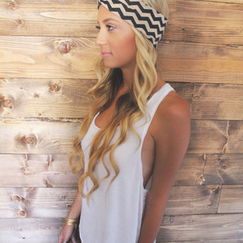 Turban Headband -- Beige Chevron