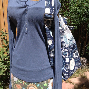 Butterflies and Circle Flowers Blue and Gray Bucket Bag with Convertible Strap