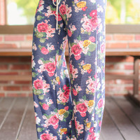Lounging Around Floral Pants - Navy