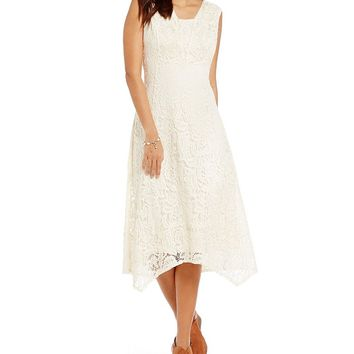 Reba Embroidered Applique Lace Dress | Dillards