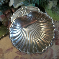 Silver Plated Shell Shaped Trinket Serving Soap Ring Dish Decorative Cottage Shabby Regency Vintage Home Decor